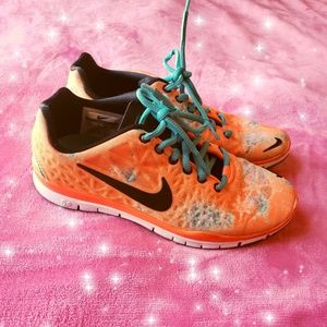 Nike Free TR Fit 3 Black/Orange-Bright Women's 5.